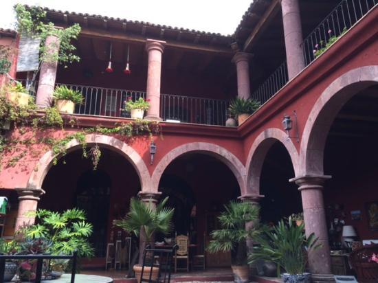 Casa de la Cuesta: view from central courtyard