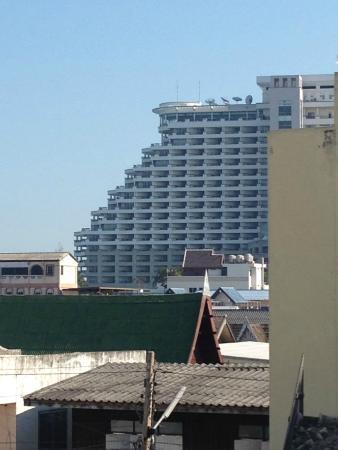 Baan Chalelarn Hua Hin: Balcony view