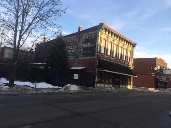 Photo of American Restaurant Calhoun Street at 1915 South Calhoun Street, Fort Wayne, IN 46802, United States