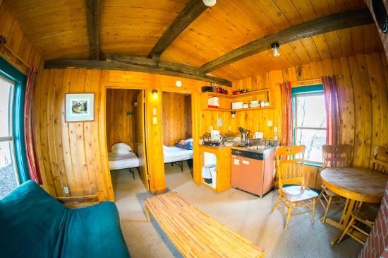 Orient Land Trust / Valley View Hot Springs: 3 room cabin