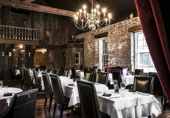 Restaurant picture of old stone inn boutique hotel
