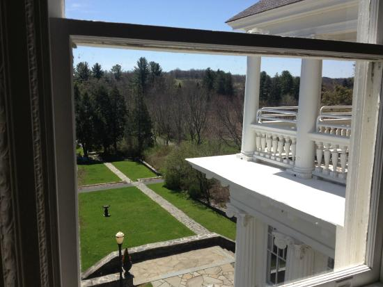 The Mansion at Noble Lane: View from the yoga/meditation event room.