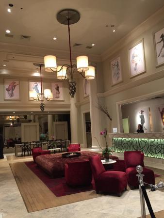 International House Hotel: Lovely front desk area