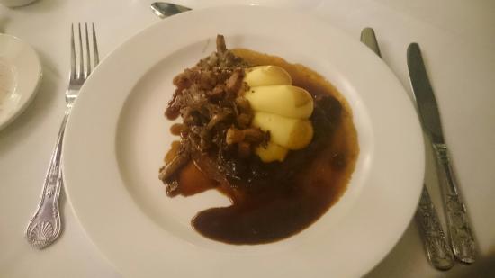 Burlington's Restaurant: Pot roasted beef burguignon