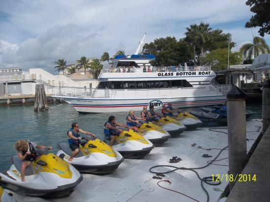 Pelican Cay Harbor Campground and Marina : Ready for FUN