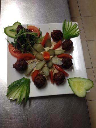 Turkish Grille Restaurant : Falafel