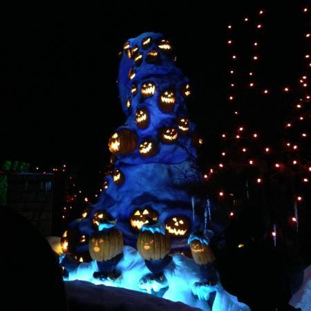 disneyland park nightmare before christmas in the haunted mansion - Nightmare Before Christmas Lights