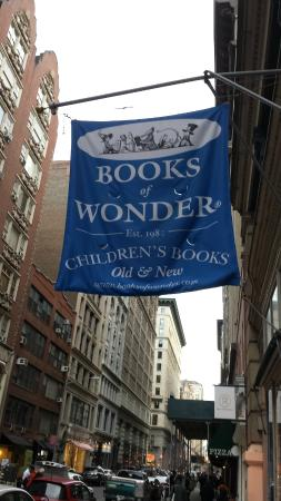‪Books of Wonder‬
