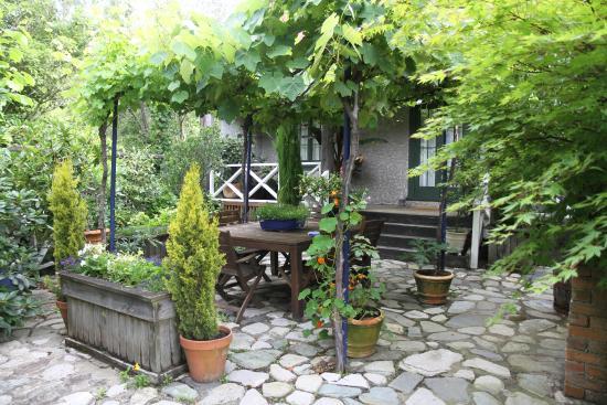 Retiro Park Lodge : Ourdoor dining area