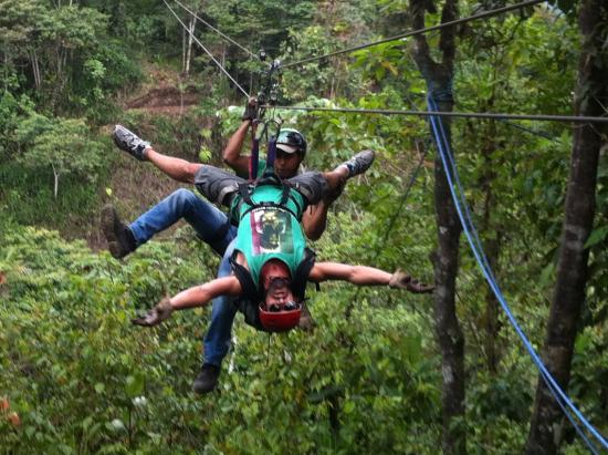 Mindo Canopy Adventure : butterfly