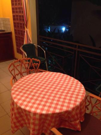 Enchanted Waters Tobago : Our favorite part, outdoor eating area.