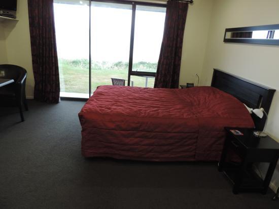 Curio Bay Salthouse: Bedroom