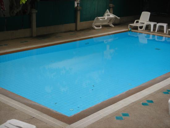 Sirin Hotel: Small swimming pool