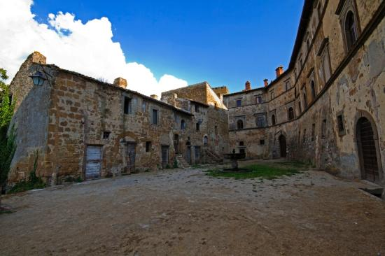 Viterbo, Italia: getlstd_property_photo