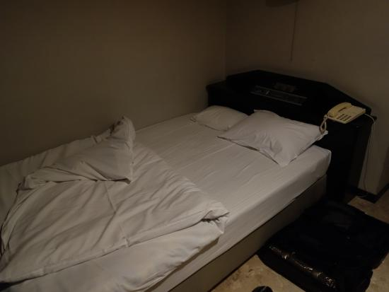 Maruni Hotel Ise : ベット