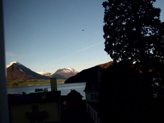 Hotel Rigi: vista desde el hotel al amanecer