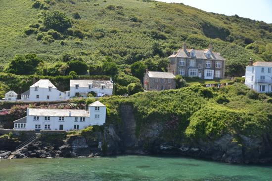 Port Isaac, UK: Doc Martins house on the right