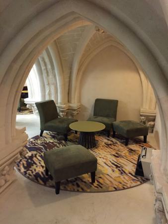 Mercure Poitiers Centre Hotel : Salon cosy