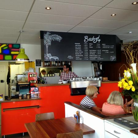 Bach 54 cafe: lovely decor