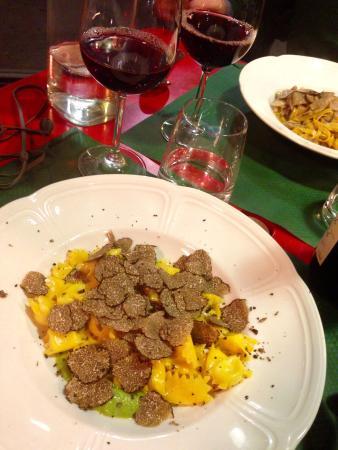 Food - Scannabue Caffe Restaurant: Raviolini