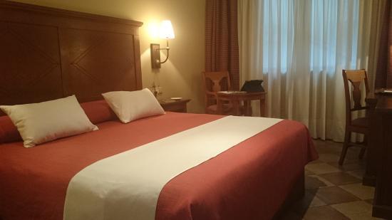 Hotel Villava Pamplona: Habitación doble.