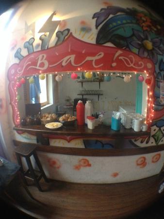 Rock Hostel & Brewery: Bar - Café da manhã