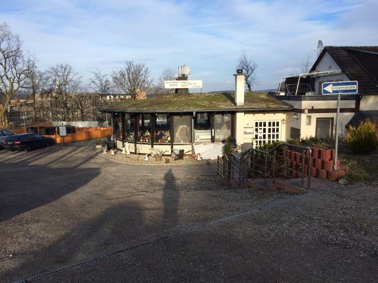 Restaurant Café Platte Da Nunzio: Das Restaurant vom Parkplatz aus
