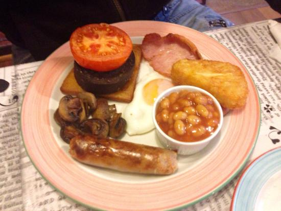 The Quaich - Cafe and Snack Bar: The Full Scottish Breakfast. Very tasty.