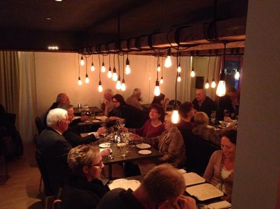 Zest Kitchen: New Look in the Dining Room