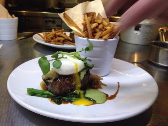 Zest Kitchen: Steak and Egg