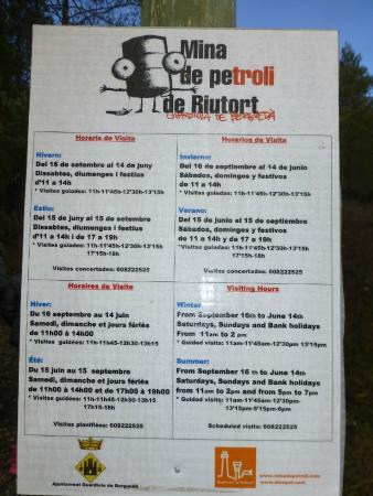 Mina de Petroli Riutort: Tablon de horarios