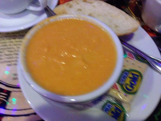 The Olde Ship : Carrot-Ginger soup --Yummy