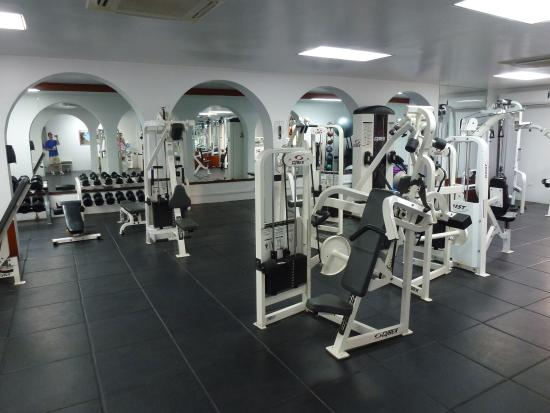 Belmond Cap Juluca: Free weight room at the gym