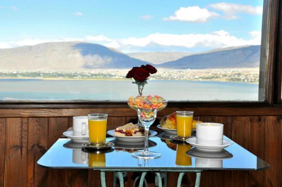 Hosteria Elken: Disfruta del desayuno en la habitacion con esta hermosa vista