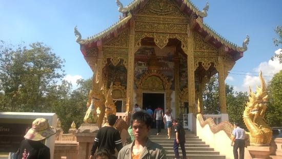 Big Buddha in Temple of the Golden Mountain - Picture of ...