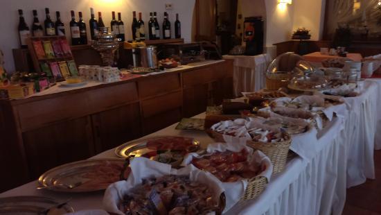 Hotel Trieste : breakfast