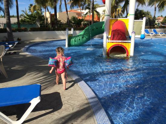 Paradise Village Beach Resort & Spa : Kids pool at the sports facility near the golf course is a hidden gem.