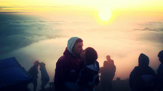 Mudi Goes To The Mountain: Top of Mt Batur