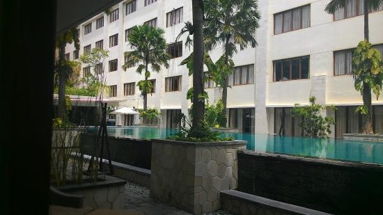 Aston Kuta Hotel & Residence: Kolam renang