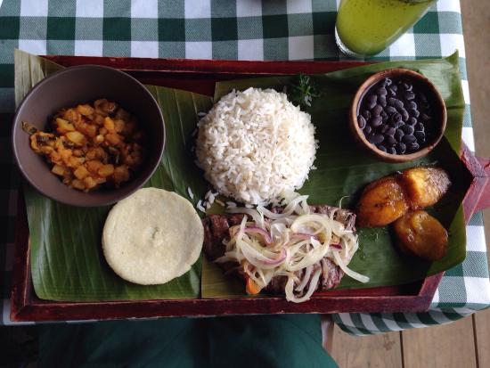 Restaurante Tradiciones Don Jose: Campesino Don José con Lomo