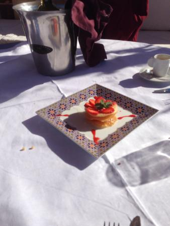 Riad Due: Dessert on the roof terrace