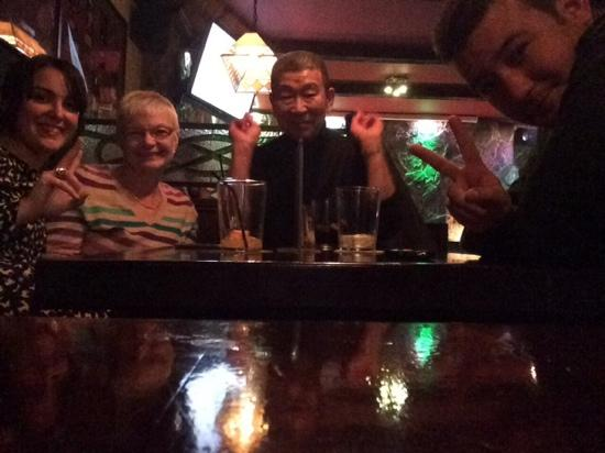 The Claddagh Irish Bar: great time had by all