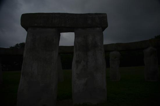 Stonehenge II: part of stonehedge