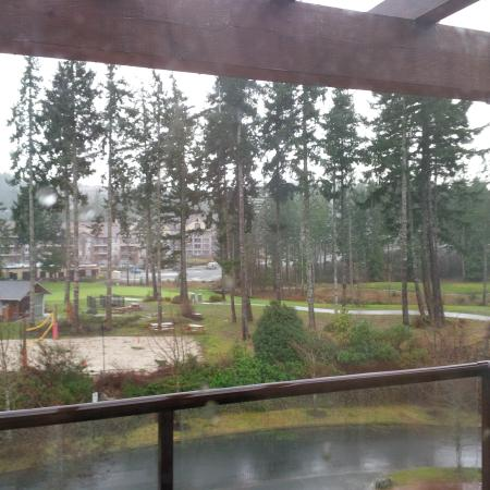 Langford, Kanada: Scene from the third floor of the Fairwinds Building