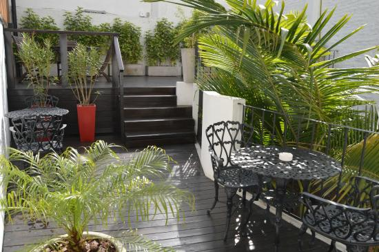 C'Chic Hotel Boutique: Terraza