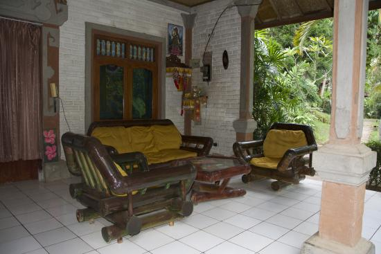 Grya Sari - the Bali Hot Springs Hotel: Reception Area