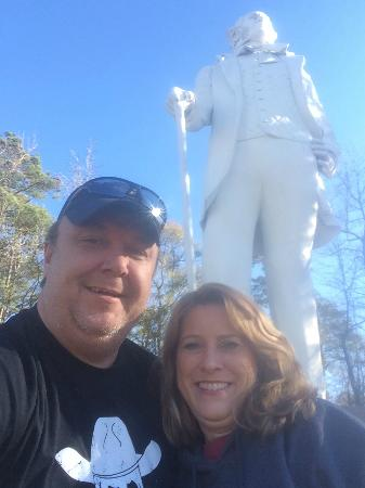 Sam Houston Statue: Hanging out with Big Sam