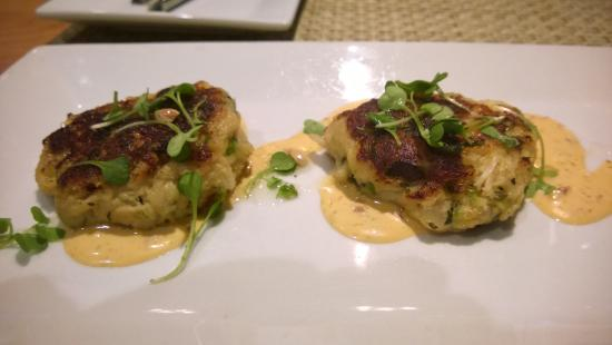 Coolinary Cafe: Crab cake starter