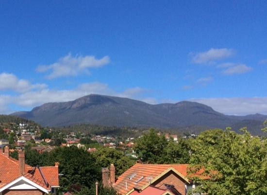 Hobart Gables: view out the window. - Mt Wellington
