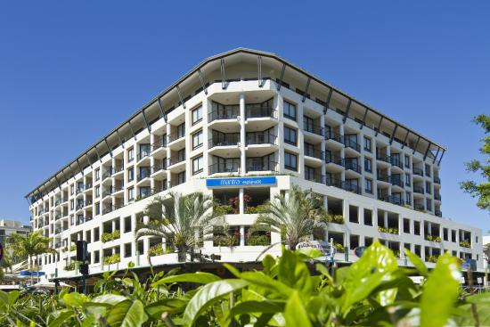 Hot deals hotels cairns